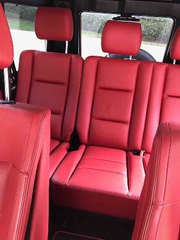 Selling my NEW MERCEDES BENZ G550,  Disigna Package!! car is one of a